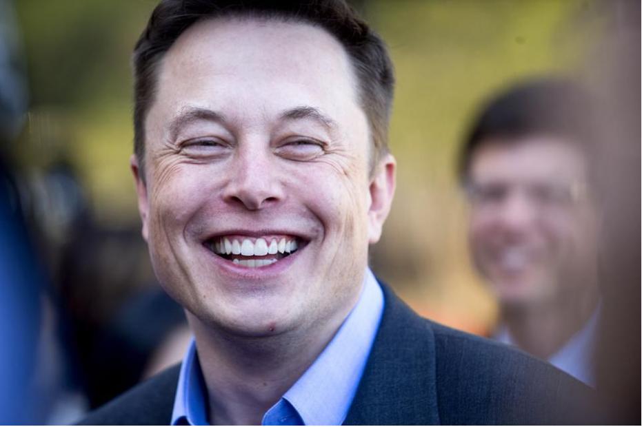 Tesla Brings Bitcoin into Retail Reality