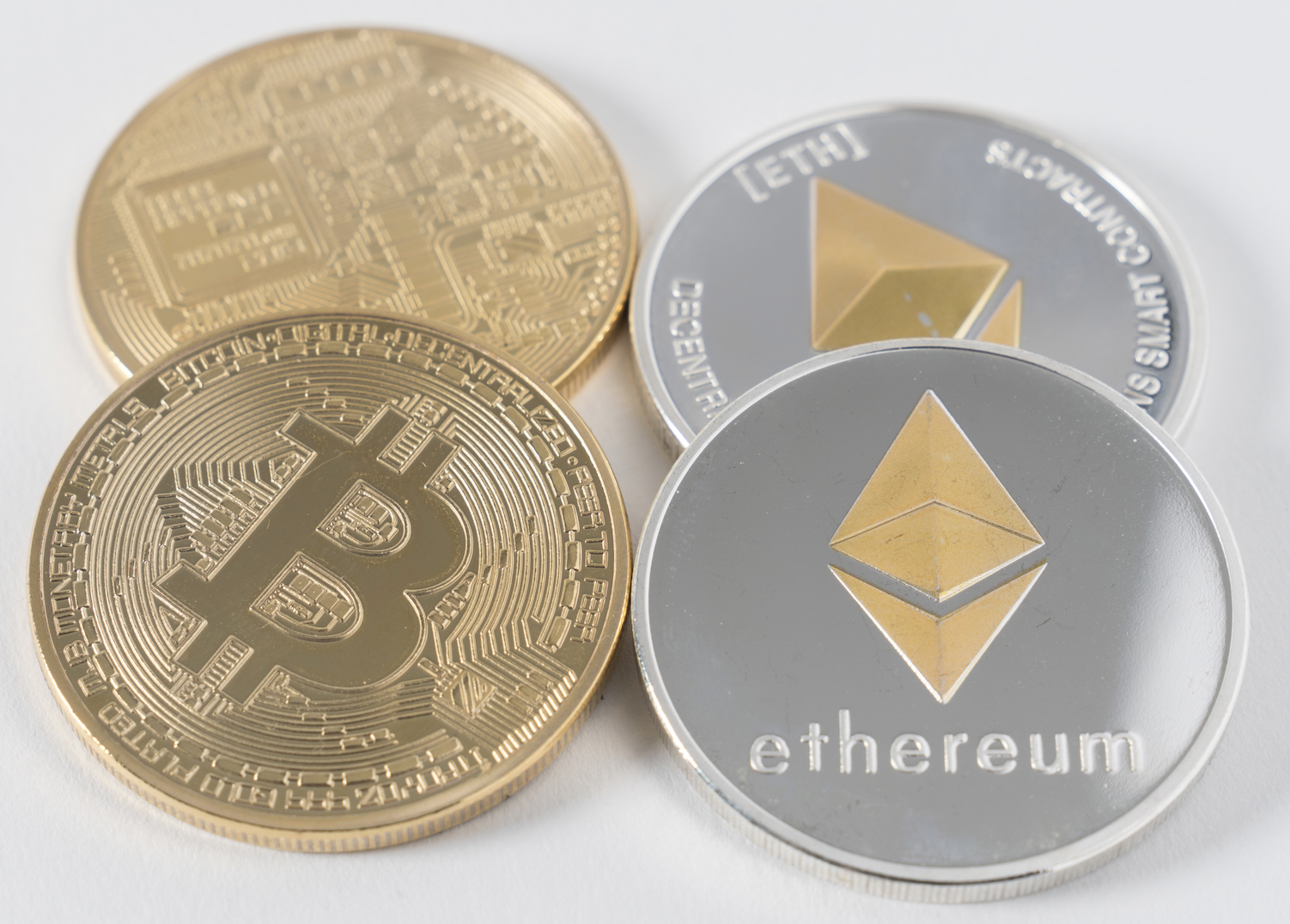 How to Decide Whether to Invest in Bitcoin or Ether